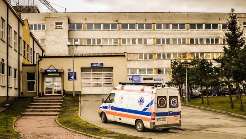 Będą zmiany w szpitalu? Starostwo zabiera się za porządki