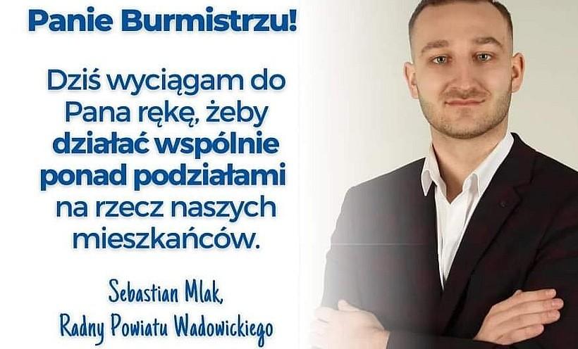 Lider opozycji Sebastian Mlak oskarżył burmistrza, że ten usunął go z fejsbuka