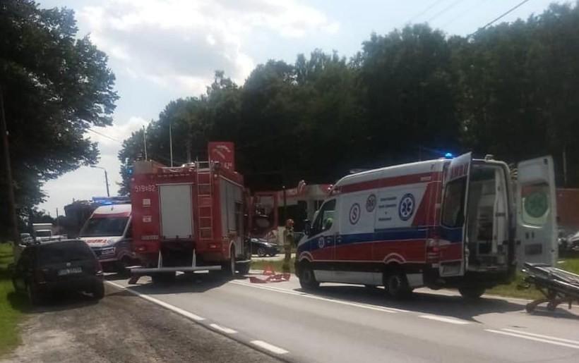 Poważny wypadek w Zatorze, stłuczka w Wadowicach. Na ulicach duży ruch