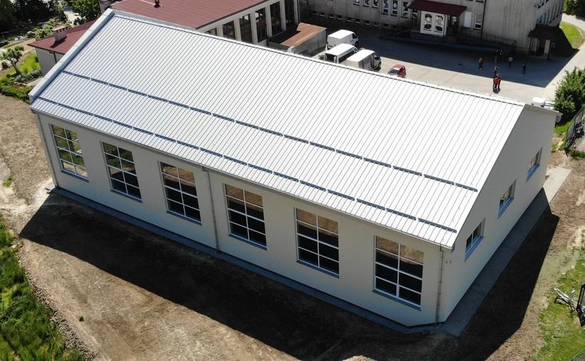 Szkoła we Frydrychowicach ma nową salę gimnastyczną. Wybudowano ją w ekspresowym tempie