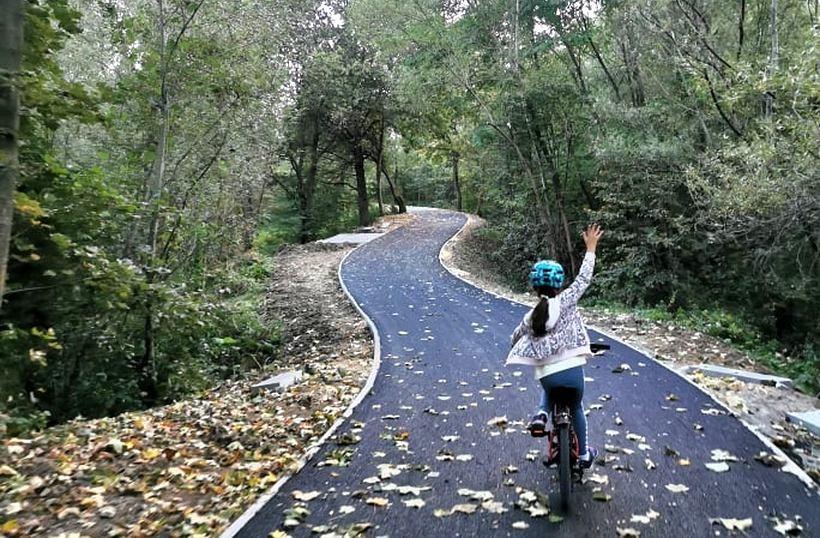 Pierwszy etap remontu ścieżki rowerowej zakończony. Mieszkańcy ślą fotki z radości