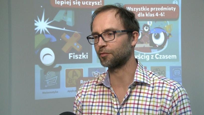 Gry mają też niesamowity urok i dzieci mu ulegają – tłumaczy Maciej Szamotulski