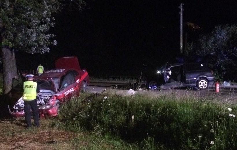 Strażacy ranni w wypadku. Wracali z akcji ratunkowej w Spytkowicach