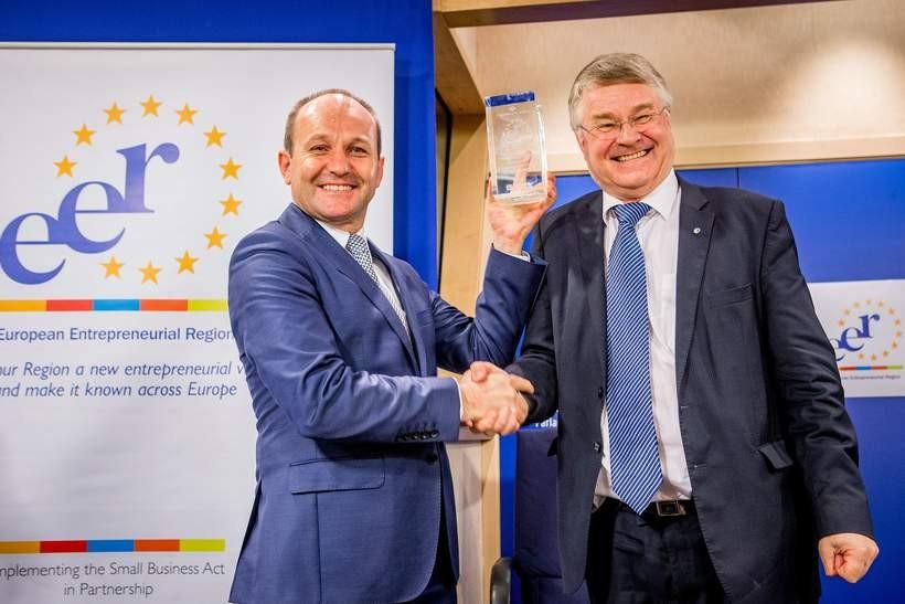 Nagrodę w Brukseli odebrał marszałek Marek Sowa