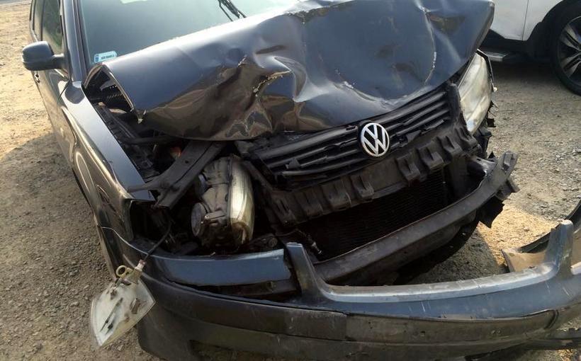 Kraksa przed wiaduktem w Kleczy. Ranny kierowca trafił do szpitala