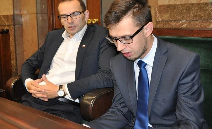 Poseł Filip Kaczyński pytał w Sejmie o to, kiedy rząd zamierza budować komendę w Wadowicach