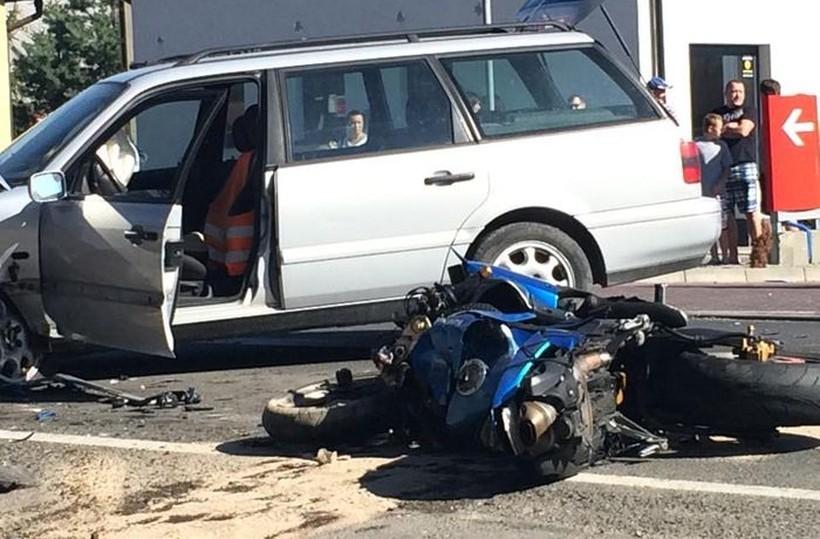 Wypadek z udziałem motocykla zakończył się śmiercią 20-latka. Jechał za szybko, nawet 160 km/h