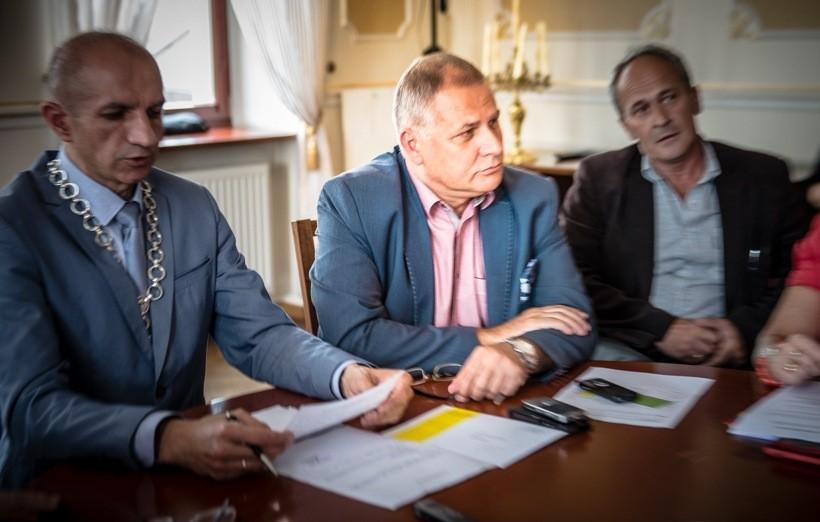 Rada Miejska na wniosek burmistrza zamroziła podatki od nieruchomości