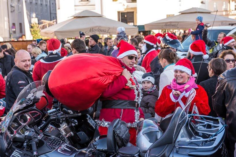 Mikołaje na ryczących rumakach zawłaszczyli rynek. Było ekstra!