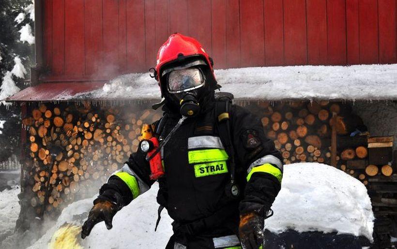 W 2013 roku , na plebanii w Ponikwi, spłonęło poddasze