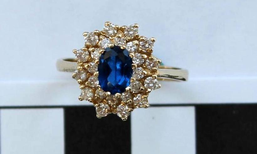 Tajemnica skradzionego pierścionka zaręczynowego rozwiązana. Złodziejowi grozi 5 lat