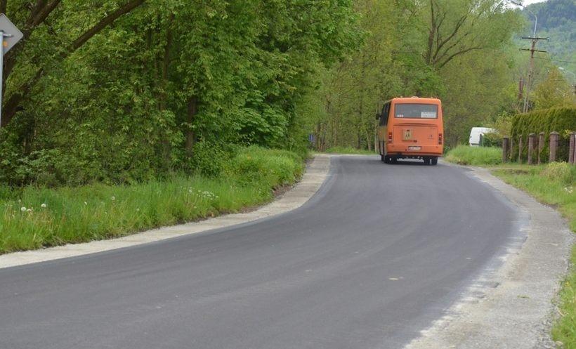 """Nowe remony dróg i chodników dzięki kasie ze starostwa. Gdzie tym razem pojedziemy """"gładko""""?"""