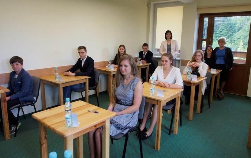 Prawie 60 uczniów z Polski i zagranicy przyjechało do Zakrzowa. Po co?