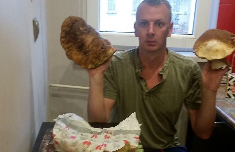 Pan Marcin z Andrychowa spacerował po ponikiewskich lasach i znalazł takie okazy