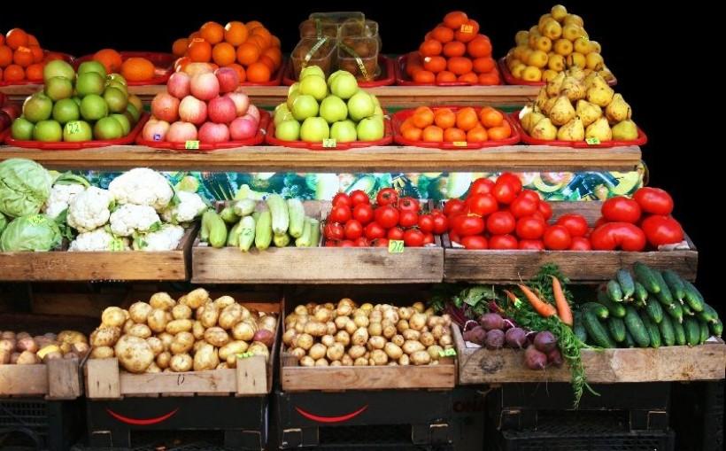 Tanieją warzywa. W hurcie ceny ziemniaków i ogórków niższe niż rok temu