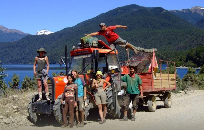 Imprezę poprowadzi podróżnik Marcin Obałek, który traktorem objechał Amerykę Południową