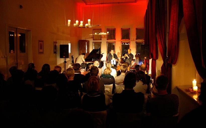 Muzyka dla uszu, uczta dla ducha, czyli jazz w Pałacu Bobrowskich