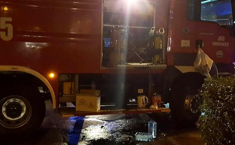 Strażacy znowu w akcji. Ogień w kominach, czad w domach, auta w oparach