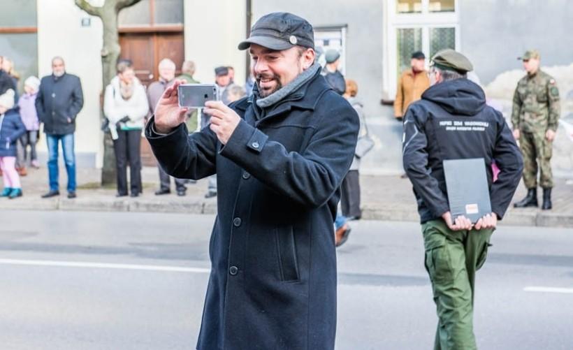 Burmisrz Klinowski kłamał, że gmina pod jego rządami nie musi zaciągać kredytów. Musi! W 2017 roki Klinowski zadłuży miasto na 7 mln zł.