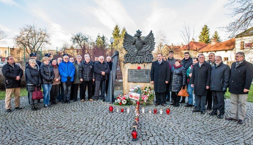 30 osób w Wadowicach upamiętniło ofiary stanu wojennego