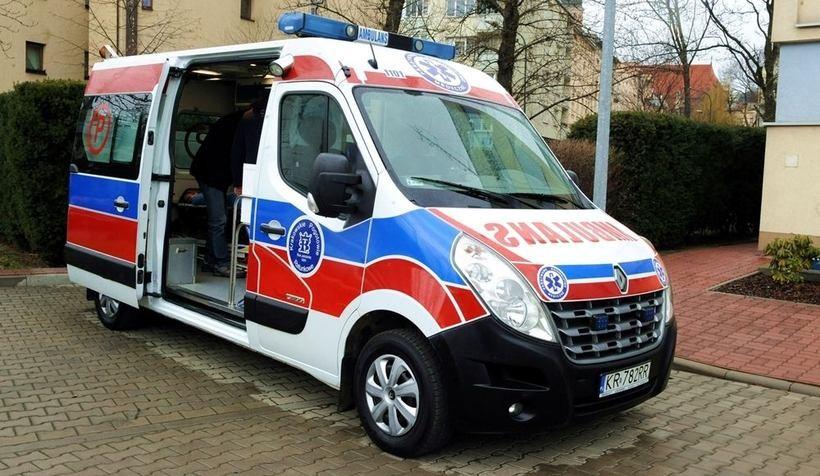Szpital w Andrychowie dostanie karetkę z Krakowa. Ma już 10 lat, a wciąż może służyć do ratowania zdrowia