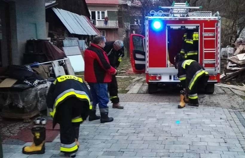 Strażacy z Łaśnicy wyjeżdżają do akcji