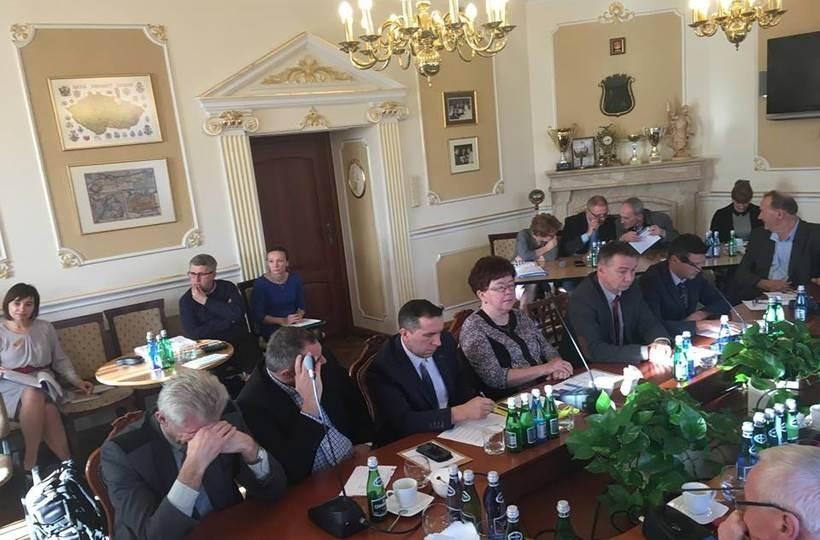 Wśród radnych Andrychowa jest najwieksza ilość osób z wyższym wykształceniem