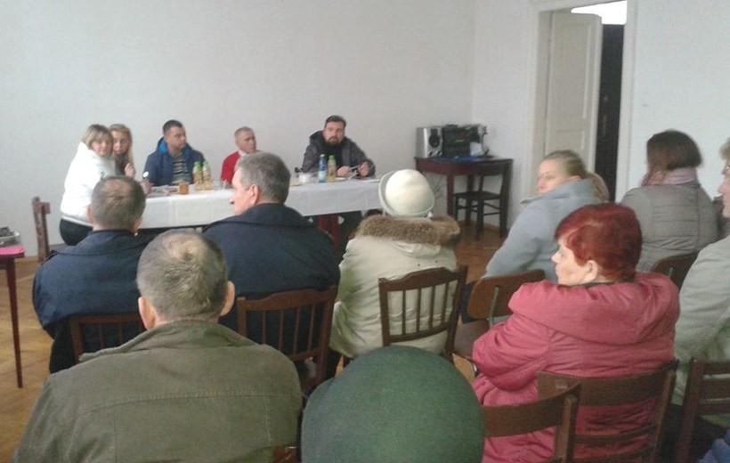 Zebranie wiejskie w Gorzeniu Górnym