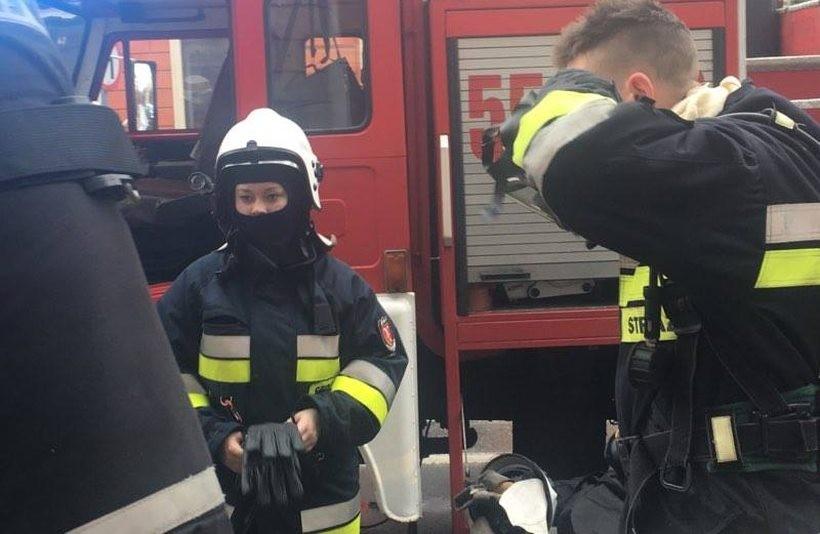 Jedna z pań strażaczek ratowała ostatnio z opresji dzieciaki z przedszkola