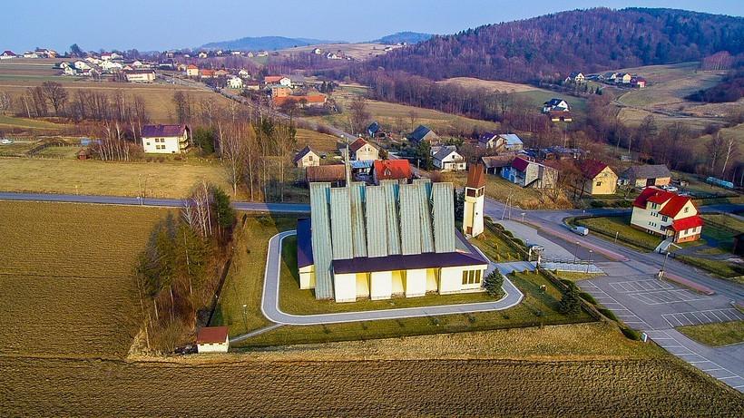 Parafia w Witanowicach