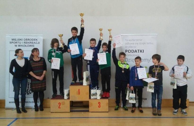 Młodzi szermierze kolekcjonują medale. Początek roku, a oni mają już sporą garść