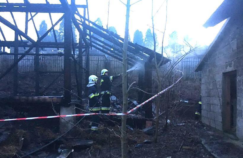 Tym razem w Zebrzydowicach ktoś podpalił stodołę