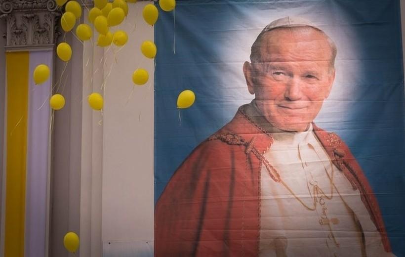 Lata lecą... dziś mija 12 lat od śmierci Jana Pawła II