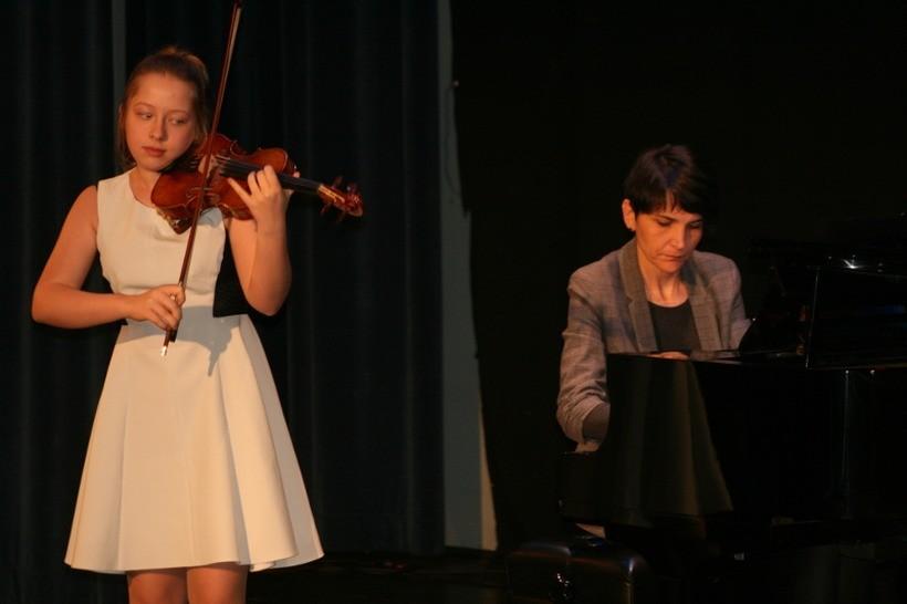 Kalwaria gościła skrzypków i skrzypaczki. Pierwszy taki konkurs w Małopolsce