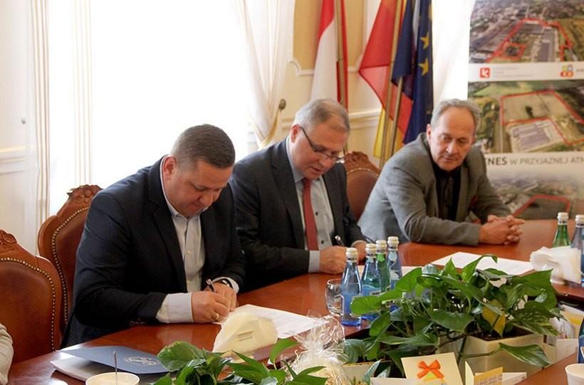 W Urzędzie Miasta w Andrychowie podpisano list inteyjny w sprawie budowy strefy ekonomicznej