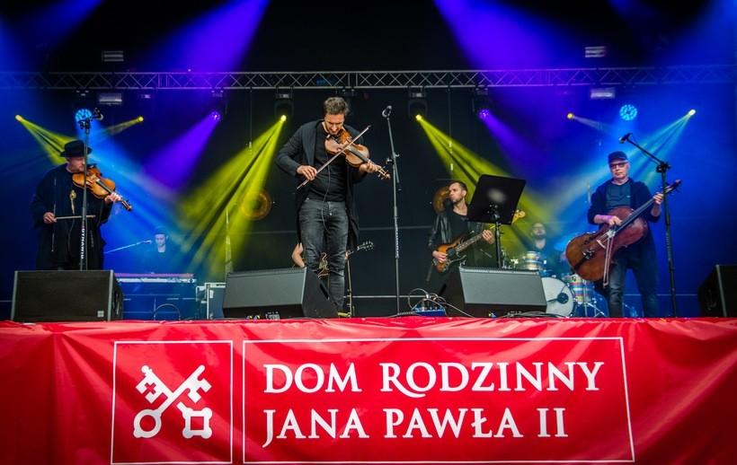 Zakopower na koncercie w Wadowicach 21 maja 2017