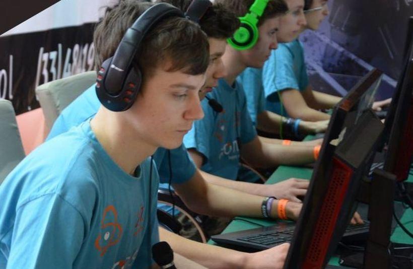 W Wadowicach powstanie pierwsze technikum e-sportowe. Czego tutaj będą uczyć?