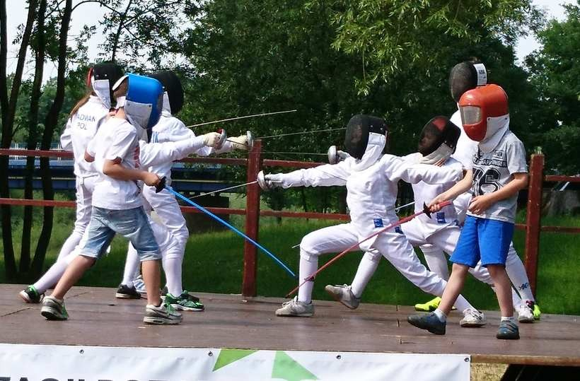 Zawodnicy klubu Szpada Wadowice cieszą się treningami