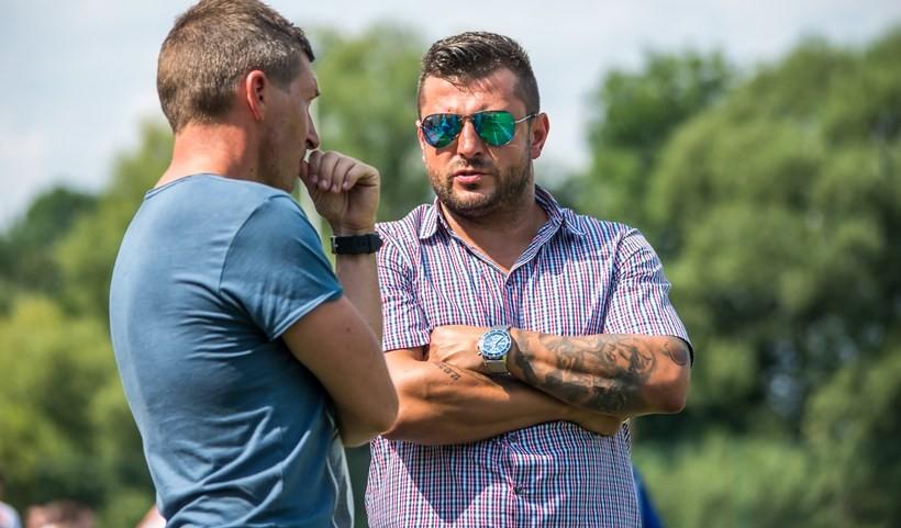 Brak Filipa Niewidoka na ławce trenerskiej spowodował, zę Iskra niejest w stanie wystawić zespołu na IV ligę