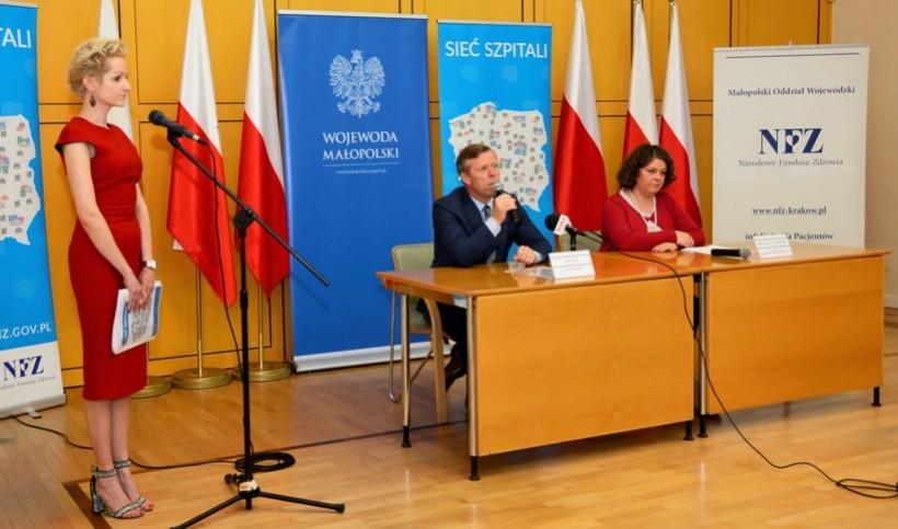 Dziś w Krakowie wojewoda Piotr Ćwika oraz dyrektor  NFZ Elżbieta Fryźlewicz-Chrapisińska ogłosili regionalną sieć szpitali