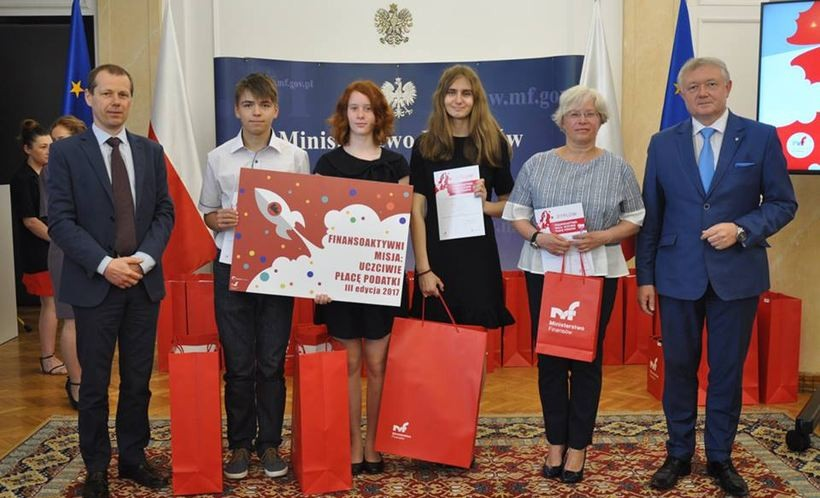 Uczniowie Gmnazjum nr 2 nagrodzeni przez Ministerstwo Finansów
