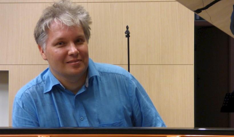 Pierwszym z cyklu wydarzeń był koncert fortepianowy mieszkającego na stałe w Niemczech wybitnego pianisty i improwizatora Tomasza Trzcińskiego