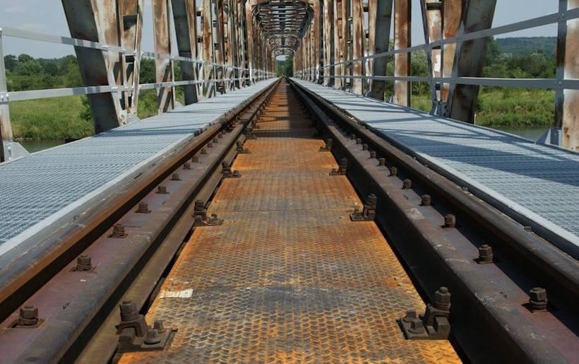 Naprawiony most kolejowy