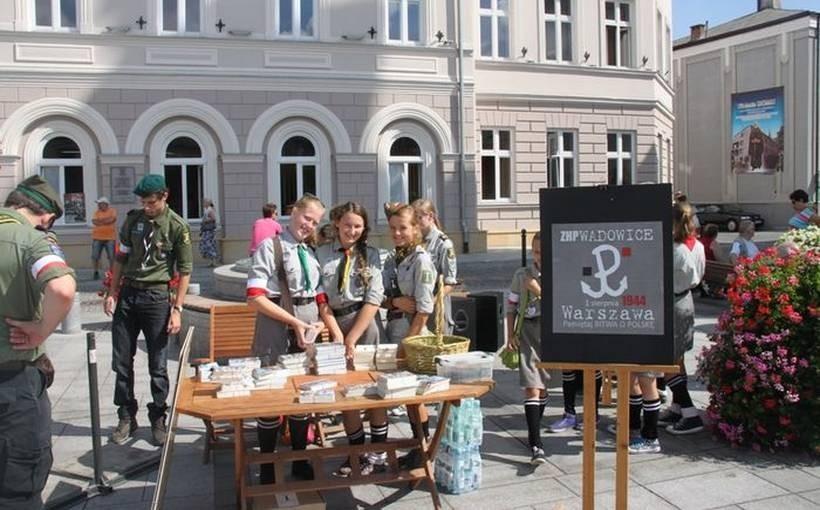 Minęły 73 lata od kiedy w Warszawie wybuchło Powstanie. Harcerze chcą uczcić godnie tę rocznicę