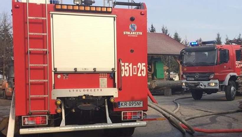 Strażacy ratowali dom w Kleczy