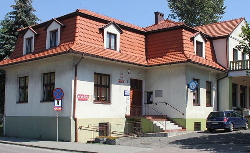 Budynek biblioteki do remontu