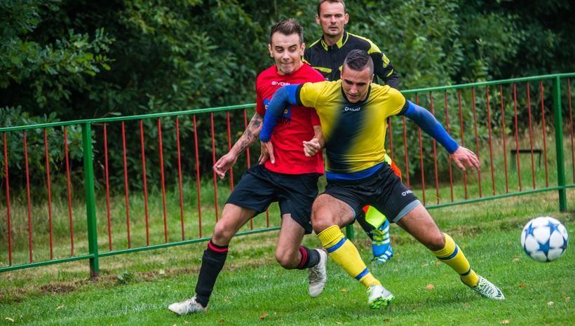 W Tomicach miejscowy Dąb debutował w A Klasie w meczu z Orłem Wieprza