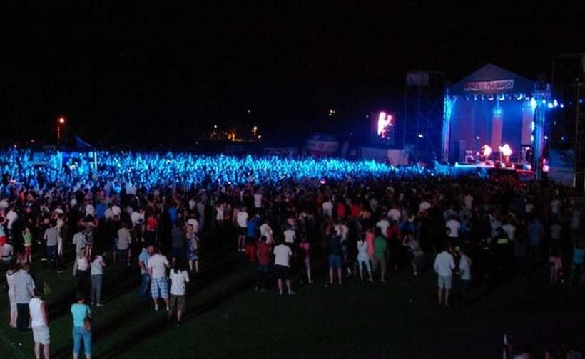 Koncert na stadionie w Andrychowie