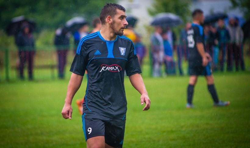Łukasz Waga (19 l.) to zawodnik Sokoła