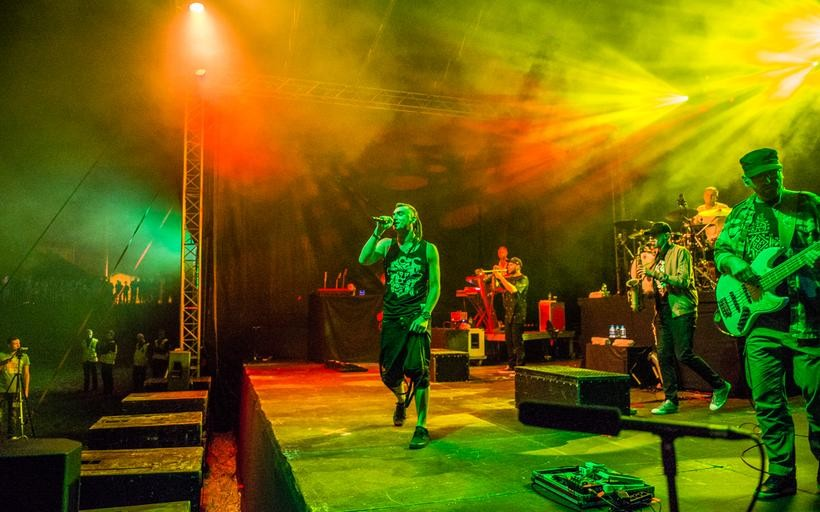 Kamil Bednarek z zespołem był gwiazdą drugiego dnia festiwalu